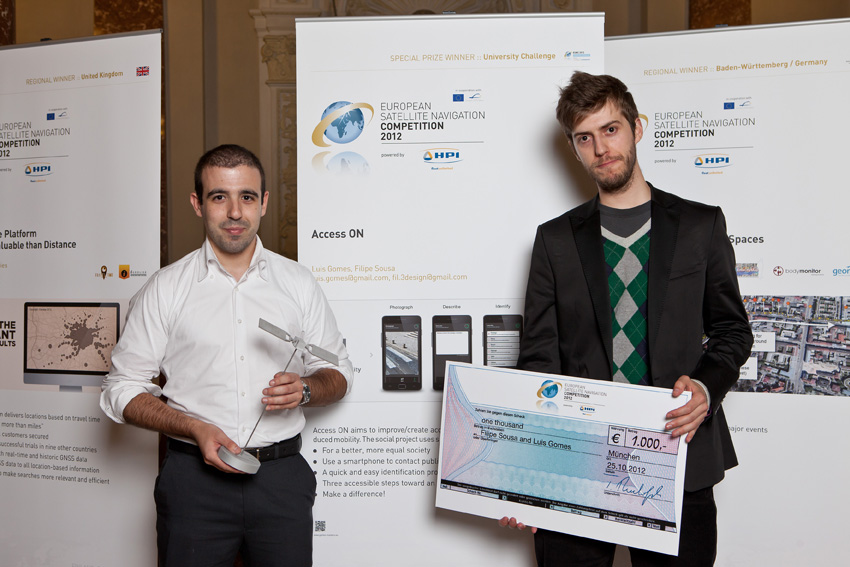 The 2012 University Challenge winners: Filipe Sousa and Luis Gomes. © ESNC