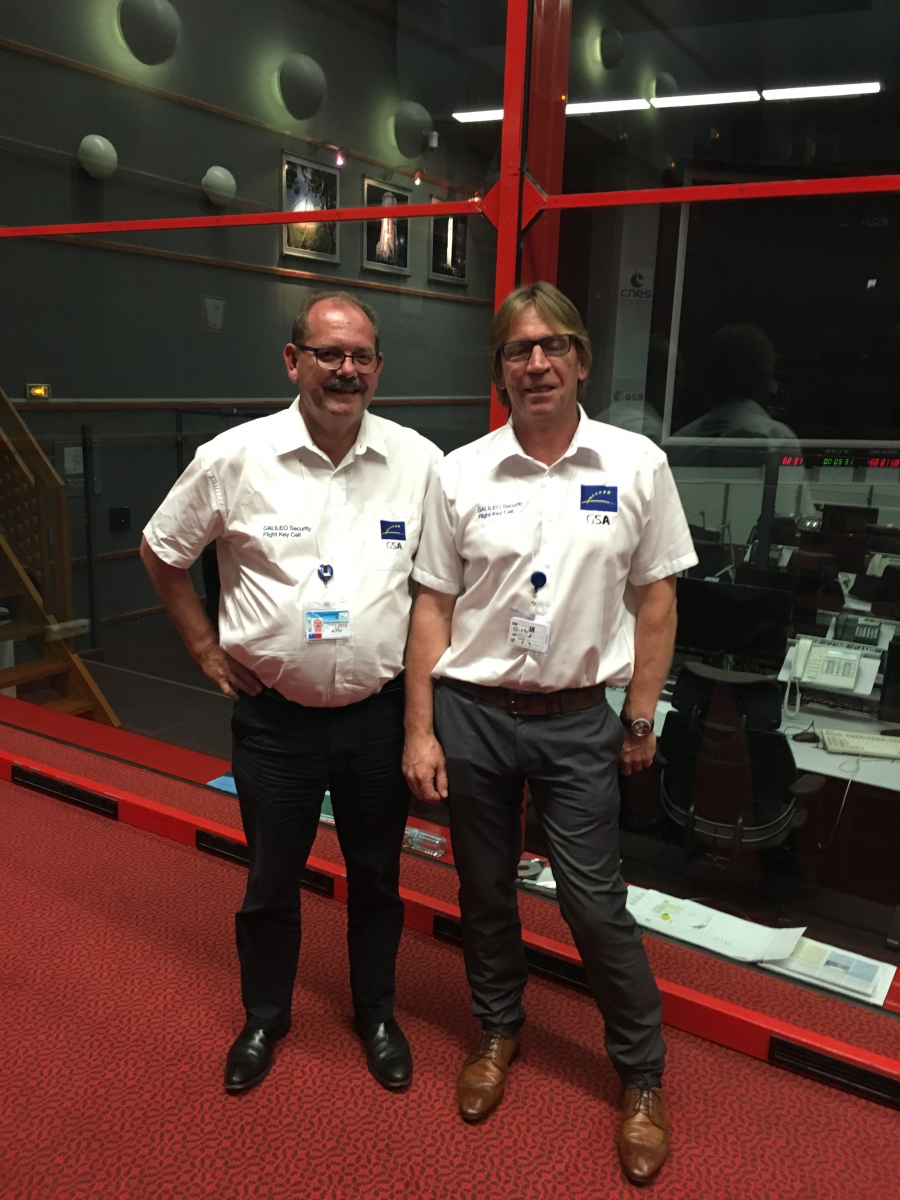 The outgoing and incoming EU GNSS SAB Chairs Jeremy Blyth and Bruno Vermeire