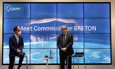 Commissioner Breton and EUSPA Executive Director Rodrigo da Costa at EUSPA headquarters in Prague