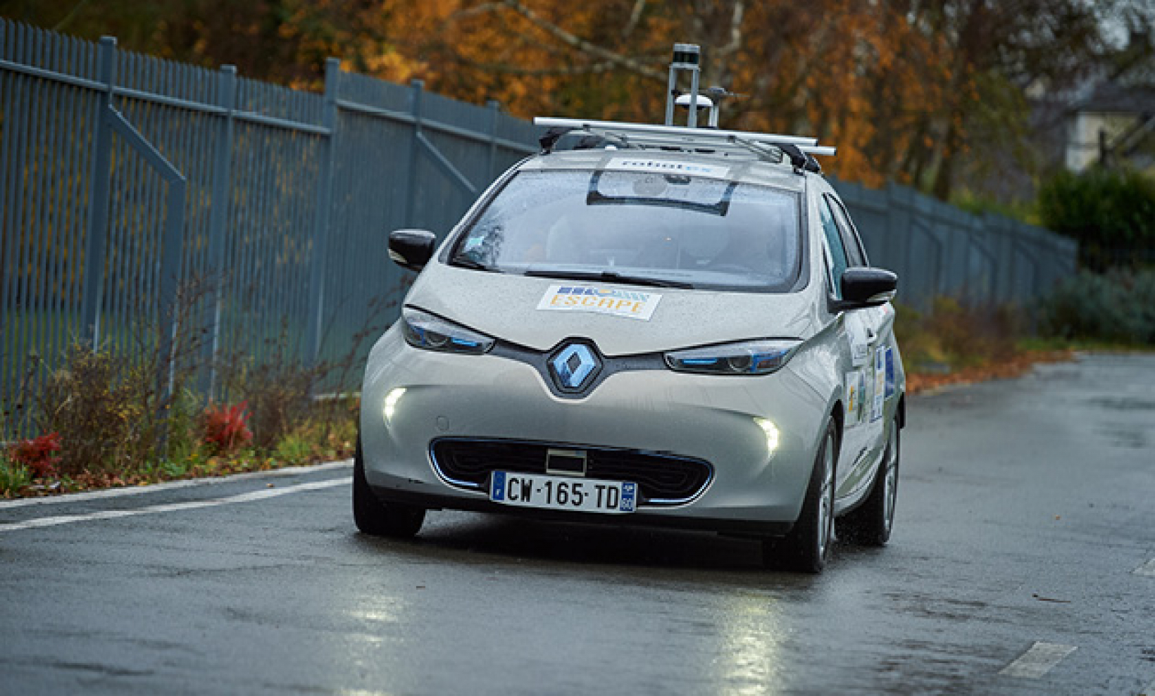 The test saw a Renault ZOE electric car autonomously driven on tracks and on public roads.