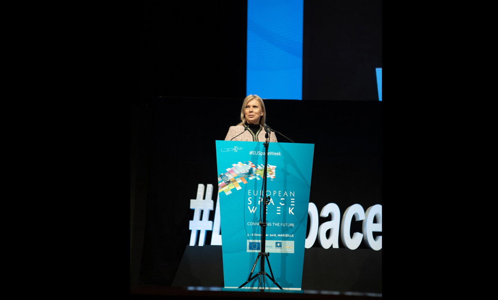Elzbieta Bieńkowska, European Commissioner for Internal Market, Industry, Entrepreneurship and SMEs, addresses the European Space Week opening plenary.