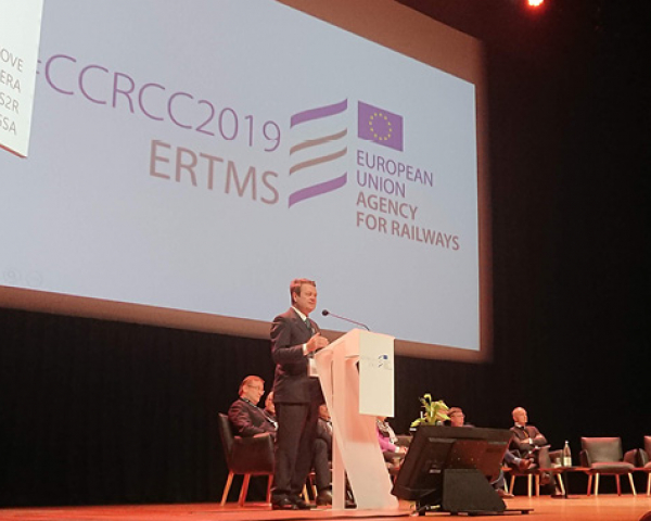 GSA Executive Director Carlo des Dorides speaking at the #CCRCC2019 ERTMS Conference