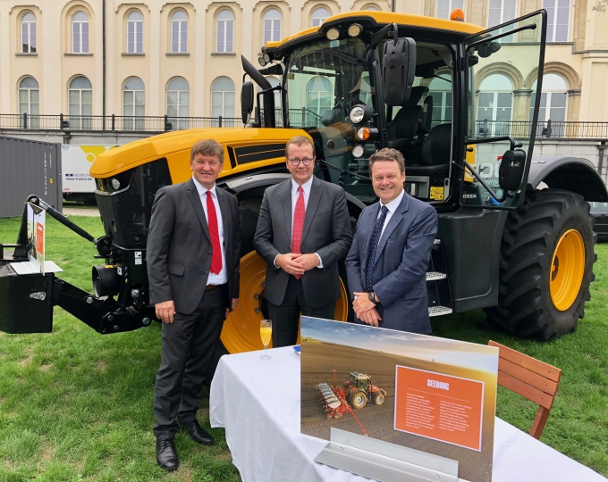 MEP Franc Bogovič, COPA-COGECA Secretary General Pekka Pesonen and GSA Executive Director Carlo des Dorides at Agriculture and Space Day in Brussels.
